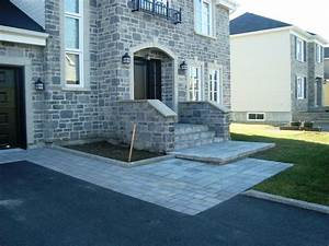 trottoir de maison en dalles de beton pave uni pavage With entree de garage en pave