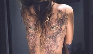 Frauen Rücken Tattoo : tattoo ideen die verborgene symbolik der meist popul ren tattoos ~ Frokenaadalensverden.com Haus und Dekorationen