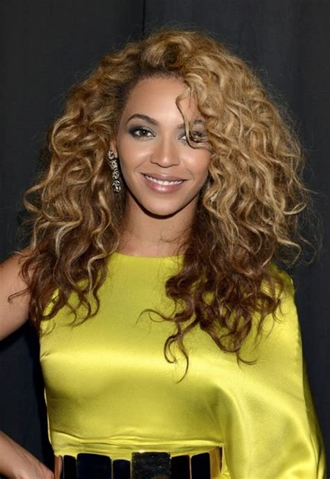 trendiest celebrity curly hairstyles ideas pretty hairstylescom