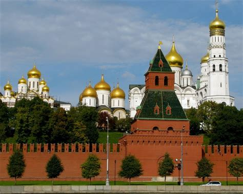 Moscow Kremlin's Walls And Towers Sights Of Russia 2019