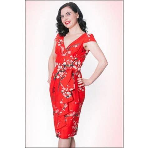 red hawaiian dress