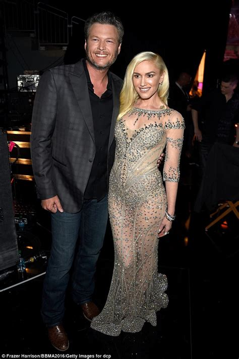 Gwen Stefani and Blake Shelton plan to wed 'before the end ...