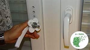 Reparer une poignee de fenetre pvc youtube for Poignée de porte fenetre pvc