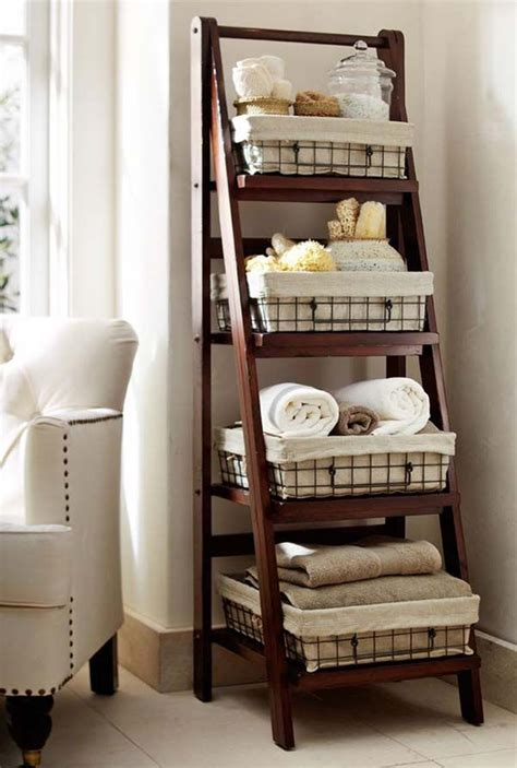 Bathroom Shelf Ideas by 25 Best Ideas About Bathroom Shelves On Half
