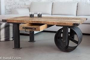 Roue Table Basse : table basse originale maison design ~ Teatrodelosmanantiales.com Idées de Décoration