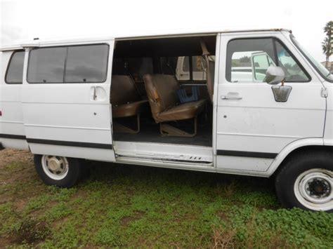 old car manuals online 1993 gmc vandura 3500 seat position control 1993 gmc g3500 rally wagon passenger van