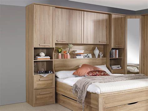 chambre à coucher pont de lit chambre rustique conforama