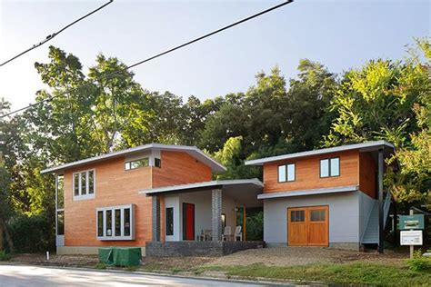 modern home  raleigh overcomes historic preservation