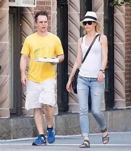 Leslie Bibb And Sam Rockwell Get Pizza In New YorkLainey