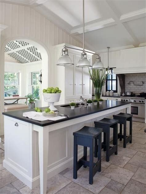design small kitchens best 25 narrow kitchen island ideas on small 3208