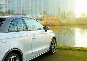 Audi Strasbourg : strasbourg france feb 2 2017 audi a1 car parked in front of the european parliament ~ Gottalentnigeria.com Avis de Voitures