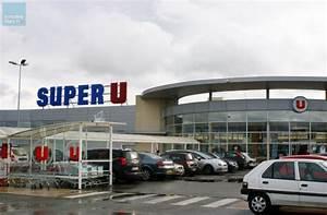 Super U La Bresse : commerce un projet de galerie marchande super u pour ~ Dailycaller-alerts.com Idées de Décoration