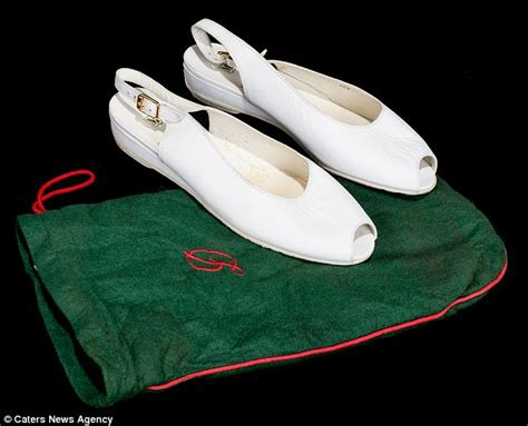 Diana Shoes by A Pair Of Shoes Worn By Princess Diana Go The Hammer