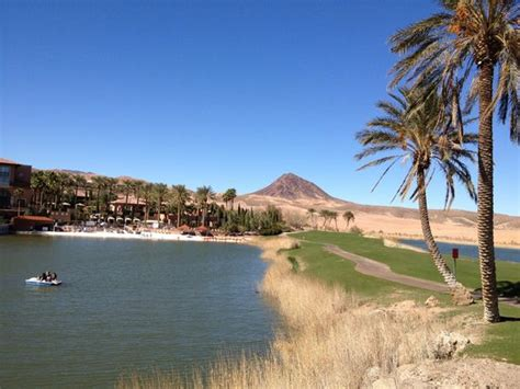Paddle Boat Rentals Lake Las Vegas by Lake Paddle Boats Are Free To Use Picture Of The