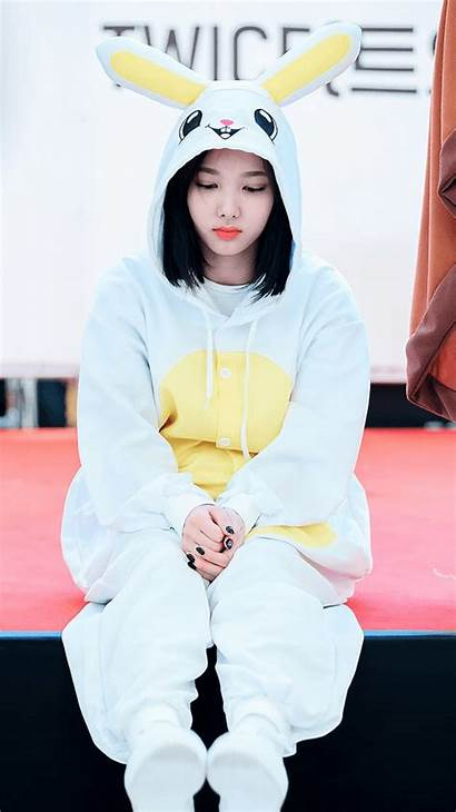 Twice Nayeon Wallpapers Sad Kpop Instagram Sana