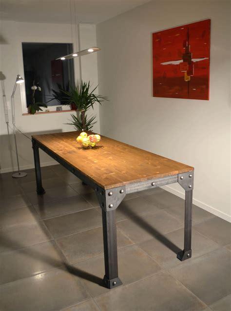 table meuble cuisine table de cuisine en bois massif table de cuisine table