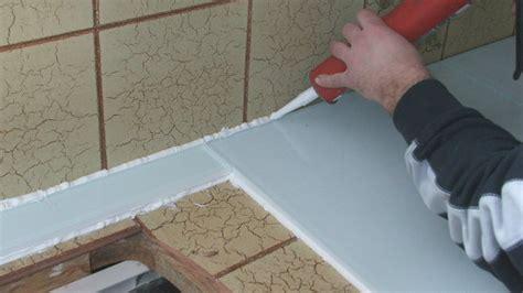 revetement plan de travail cuisine a coller rhabiller sa cuisine en plaques de verre