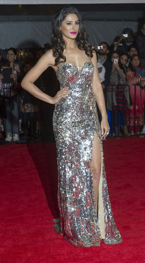 amali golden sexy ileana d cruz nargis fakhri at the toifa red carpet