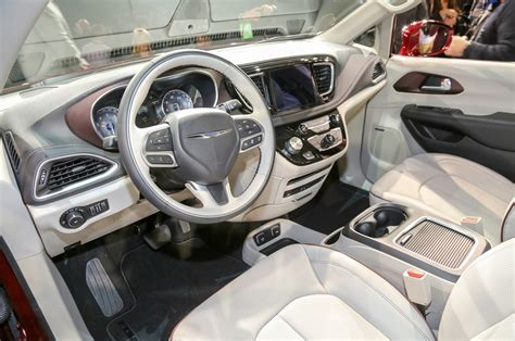 2017 Chrysler Pacifica Priced From ,590