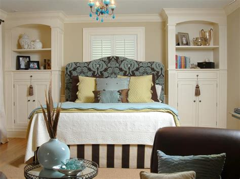 expert small bedroom storage ideas hgtv