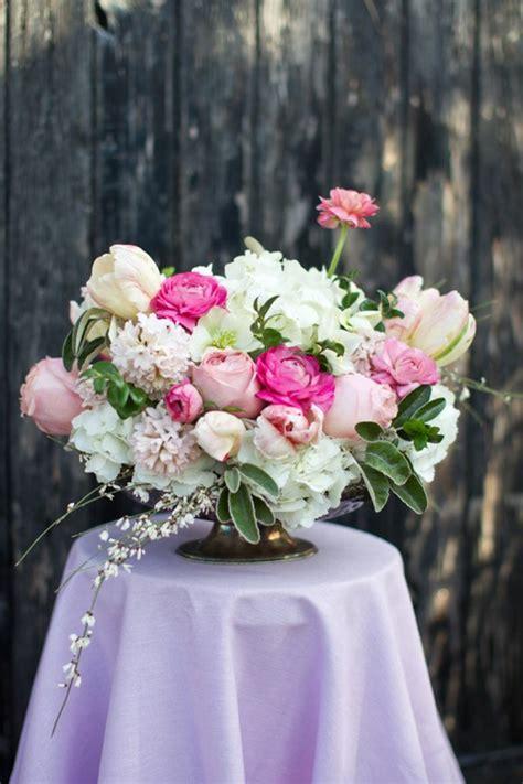 gros bouquet de un gros bouquet de fleurs pour cr 233 er une d 233 coration de table