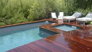 Piscine bois hors sol bluewood avec jacuzzi construction for Terrasse en bois pour piscine hors sol 1 piscine bois hors sol bluewood avec jacuzzi construction
