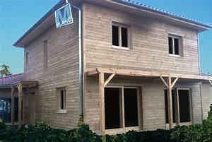 maison bardage bois menuiserie blanc a savigneux With maison avec bardage bois