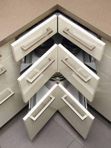 plan de travail d angle cuisine les 25 meilleures id 233 es concernant meubles d angle sur meuble de cuisine de coin