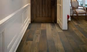 Wide Plank Oak Hardwood Flooring