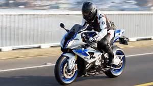 Bmw S1000rr Hp4 2017 : bmw hp4 first ride bmw s1000rr hp4 riding movie youtube ~ Medecine-chirurgie-esthetiques.com Avis de Voitures
