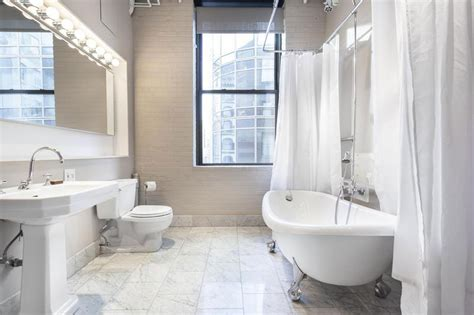 simple small bathroom decorating ideas simple toilet and bath design 17 best ideas about small master bath on pinterest small master