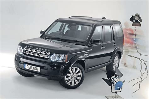 large suv  land rover discovery  auto express