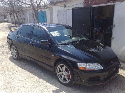 mitsubishi evolution 2002 2002 mitsubishi lancer evolution photos 2 0 gasoline