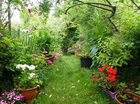 chambres d hotes les fleurs le jardin en fleurs chambre d 39 hôtes honfleur