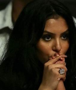 Forget kim kardashian vanessa bryant wins battle of nba for Vanessa bryant wedding ring