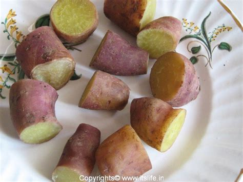 boil a sweet potato boiled sweet potato low calorie snack easy cooking
