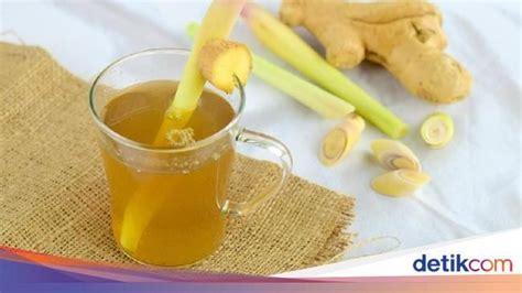 25 gram teh tubruk hitam, 500 ml air, 5 sentimeter jahe bakar yang dimemarkan, 1 buah lemon iris bulat bulat. Cara Membuat Wedang Jahe yang Enak dan Pedasnya Nendang   Wedang jahe, Resep minuman, Sistem imun