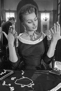 Jewellery lover Sophia Loren - Kaleidoscope effect