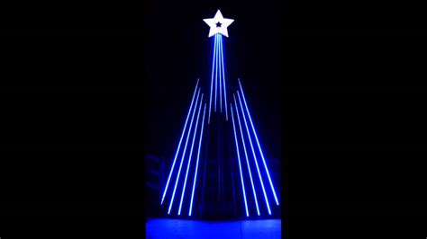 musical light show sequence for 12 ccr tree to