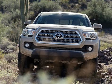 toyota tacoma trd  road preview specs  review