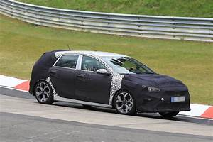 Kia Cee D : 2018 kia cee 39 d makes nurburgring testing debut with independent rear suspension autoevolution ~ Medecine-chirurgie-esthetiques.com Avis de Voitures