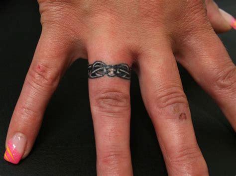 marvelous ring finger tattoos slodive