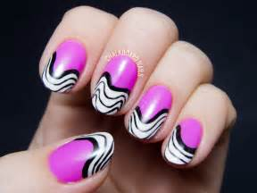 Creative nails can be very simple and quick