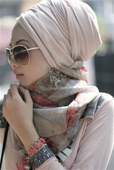 hijab styles   trends    oval faces