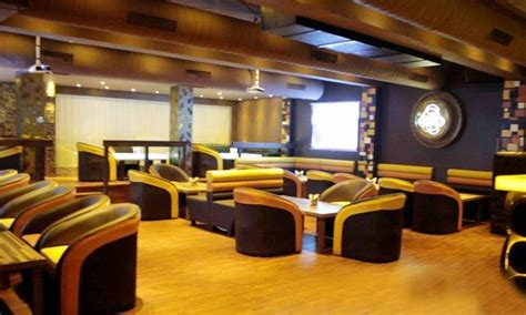 al qaza lounge  bar punjabi bagh delhi banquet hall