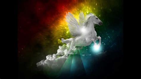 cavalli volanti unicorni cavalli e pegaso