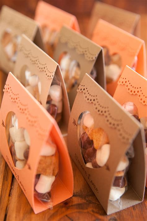 smores craft ideas how to make these adorable s more wedding favors 2952