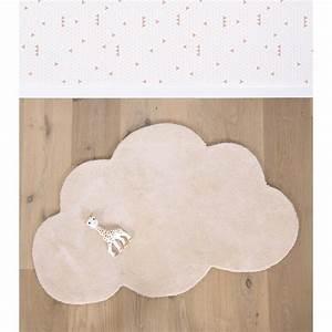Tapis Forme Nuage : tapis chambre b b en forme de nuage orange pastel lilipinso ~ Teatrodelosmanantiales.com Idées de Décoration