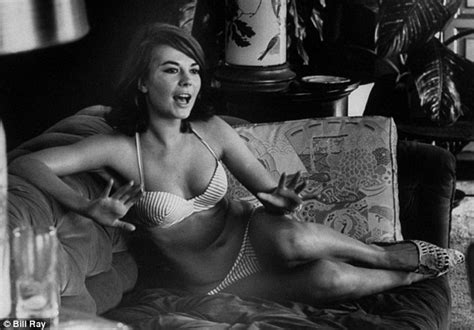 natalie wood sexy 35 yrs ago today natalie wood mysterious death