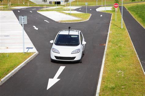 nouvelle reglementation siege auto voitures autonomes et sans assistant humain bientôt en